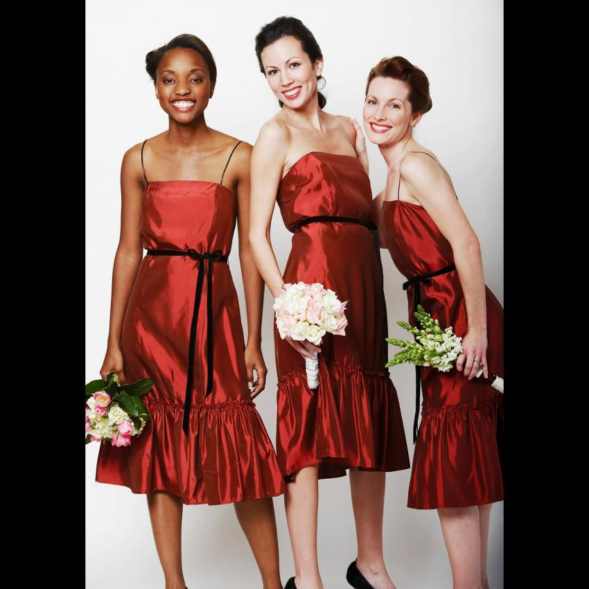 https://cf.ltkcdn.net/weddings/images/slide/244823-850x850-9-pictures-bridesmaid-dresses.jpg