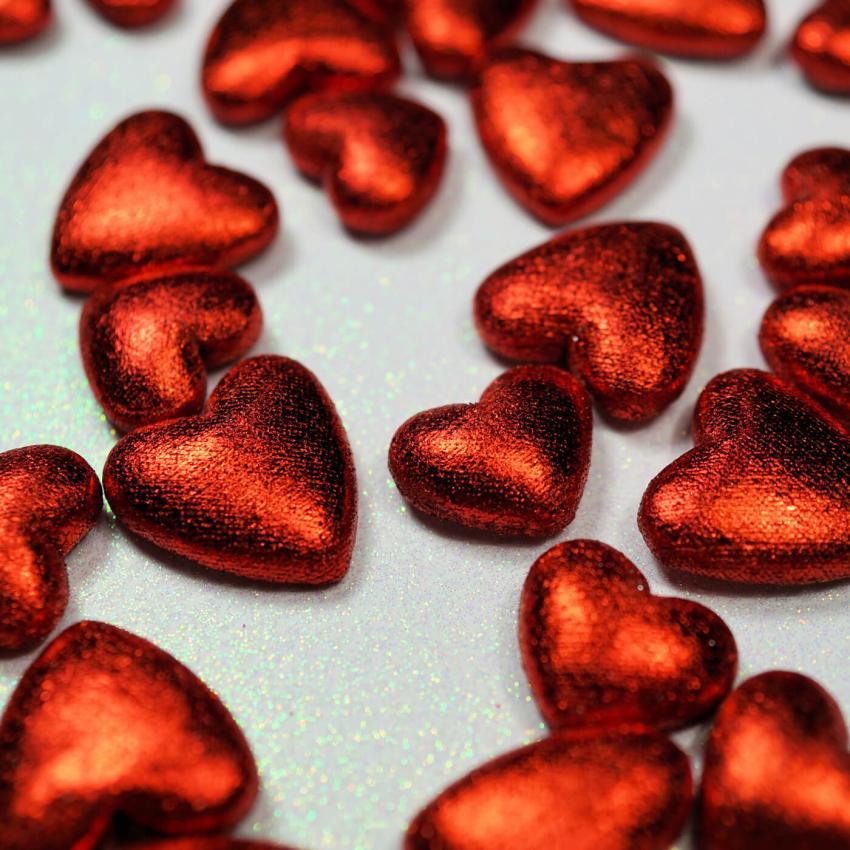 https://cf.ltkcdn.net/weddings/images/slide/249231-850x850-5-valentines-day-wedding-centerpieces.jpg