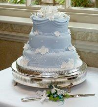 3-tier Tiffany-inspired wedding cake