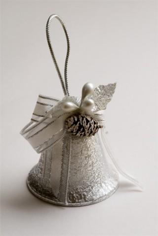 Plastic_wedding_bells.jpg