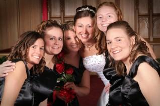 Photo of a bride and her five bridesmaids