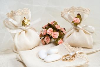 Wedding favor bags with Jordan almonds