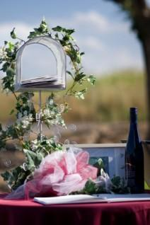 Ivy-covered mailbox wedding card holder