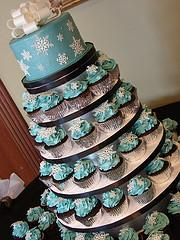 Stacked winter wedding cupcakes
