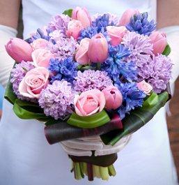 https://cf.ltkcdn.net/weddings/images/slide/105952-257x265-blueflower10.jpg