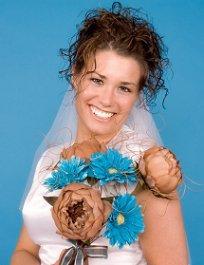https://cf.ltkcdn.net/weddings/images/slide/105955-204x265-blueflower4.jpg