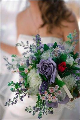 https://cf.ltkcdn.net/weddings/images/slide/106051-268x400-Bouquet4.jpg