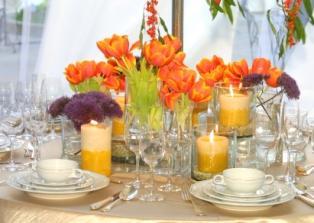 https://cf.ltkcdn.net/weddings/images/slide/106093-314x223-bold-table.jpg