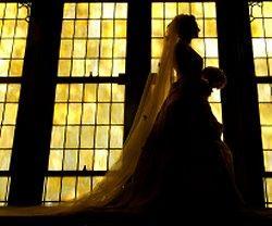 https://cf.ltkcdn.net/weddings/images/slide/106109-250x208-rompic4.jpg
