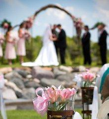 https://cf.ltkcdn.net/weddings/images/slide/106111-220x239-rompic11.jpg