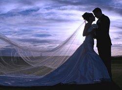 https://cf.ltkcdn.net/weddings/images/slide/106116-250x185-rompic6.jpg