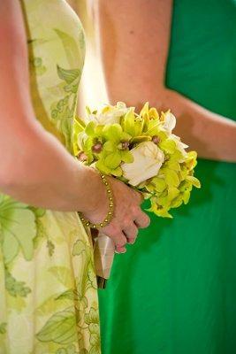 https://cf.ltkcdn.net/weddings/images/slide/106354-267x400-green3.jpg