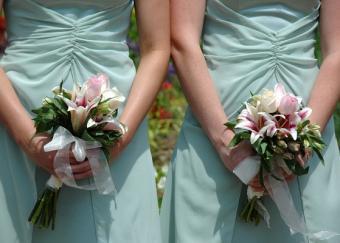 https://cf.ltkcdn.net/weddings/images/slide/106366-559x400-green2.jpg