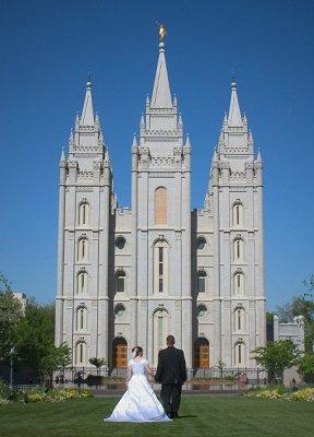 Pictures of LDS Wedding Dresses