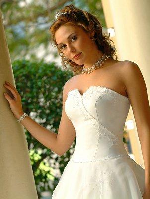 https://cf.ltkcdn.net/weddings/images/slide/106419-302x400-lds13.jpg