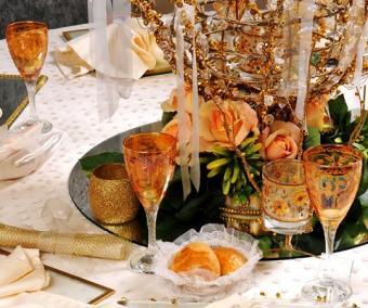 https://cf.ltkcdn.net/weddings/images/slide/106430-479x400-falltable1.jpg