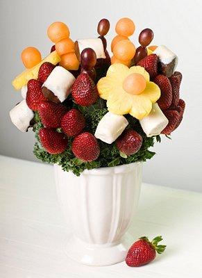 https://cf.ltkcdn.net/weddings/images/slide/106441-291x400-dessertbar4.jpg