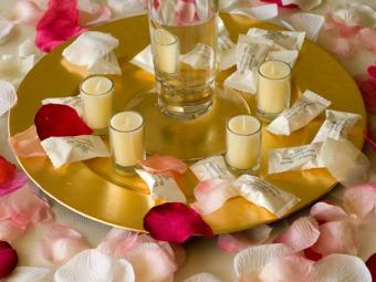 https://cf.ltkcdn.net/weddings/images/slide/106447-534x400-dessertbar13.jpg
