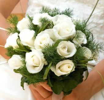 https://cf.ltkcdn.net/weddings/images/slide/106542-416x400-xbouquet6.jpg