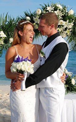 https://cf.ltkcdn.net/weddings/images/slide/106579-248x400-groom8.jpg