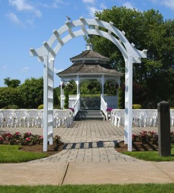 https://cf.ltkcdn.net/weddings/images/slide/106601-361x400-arch1.jpg