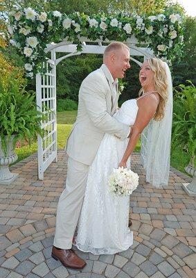https://cf.ltkcdn.net/weddings/images/slide/106609-283x400-arch2.jpg
