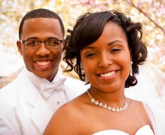 https://cf.ltkcdn.net/weddings/images/slide/106697-490x400-springtheme10.jpg