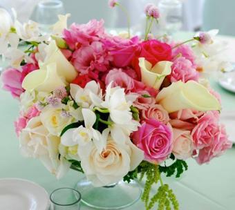 https://cf.ltkcdn.net/weddings/images/slide/106729-448x400-summercenter13.jpg