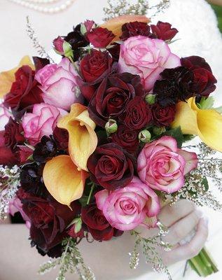 https://cf.ltkcdn.net/weddings/images/slide/106737-317x400-summerbouquet10.jpg