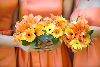 https://cf.ltkcdn.net/weddings/images/slide/106746-850x565-Orange_BM_Dresses.jpg