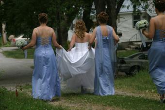 https://cf.ltkcdn.net/weddings/images/slide/106753-849x565-Lace_Back_BM_Dresses.jpg