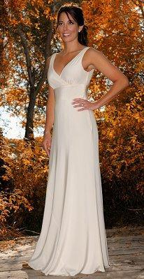 https://cf.ltkcdn.net/weddings/images/slide/106891-206x400-falldress1.jpg