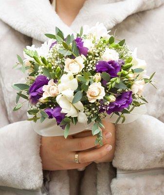 https://cf.ltkcdn.net/weddings/images/slide/106993-337x400-xmaspic2.jpg