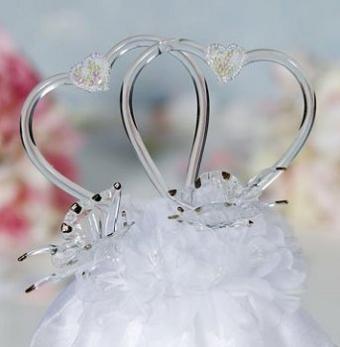 https://cf.ltkcdn.net/weddings/images/slide/107045-343x350-hearttop12.jpg