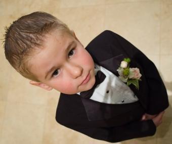 https://cf.ltkcdn.net/weddings/images/slide/107059-478x400-tuxgal14.jpg