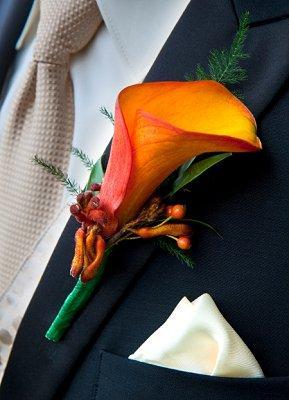 https://cf.ltkcdn.net/weddings/images/slide/107061-289x400-tuxgal15.jpg