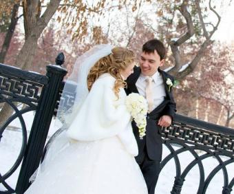 https://cf.ltkcdn.net/weddings/images/slide/125564-482x400-wwdeco15.jpg