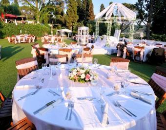 https://cf.ltkcdn.net/weddings/images/slide/126166-510x400-summerid14.jpg