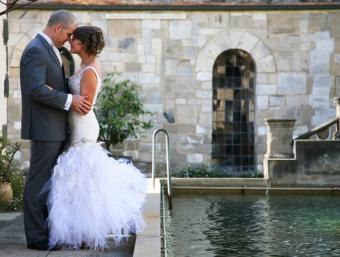 https://cf.ltkcdn.net/weddings/images/slide/126168-530x400-summerid11.jpg