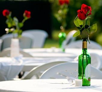 https://cf.ltkcdn.net/weddings/images/slide/126171-443x400-summerid9.jpg