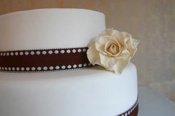 White Almond Sour Cream Wedding Cake
