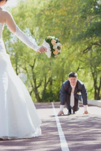 https://cf.ltkcdn.net/weddings/images/slide/141541-566x848r1-Starting-Line.jpg