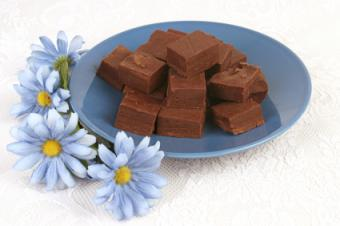 chocolate fudge with country flowers