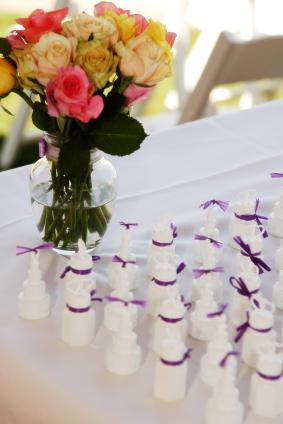 wedding bubble favors