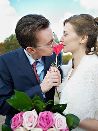 https://cf.ltkcdn.net/weddings/images/slide/147283-375x500-Whimsy.jpg