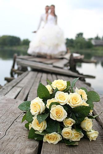 https://cf.ltkcdn.net/weddings/images/slide/148445-334x500-6.jpg