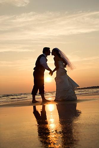 https://cf.ltkcdn.net/weddings/images/slide/148446-334x500-7.jpg