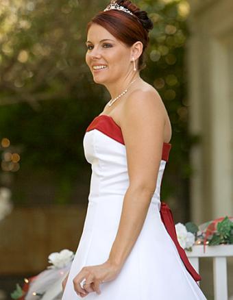 https://cf.ltkcdn.net/weddings/images/slide/160115-388x500-7.jpg