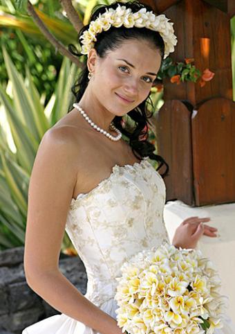 https://cf.ltkcdn.net/weddings/images/slide/160117-353x500-9.jpg