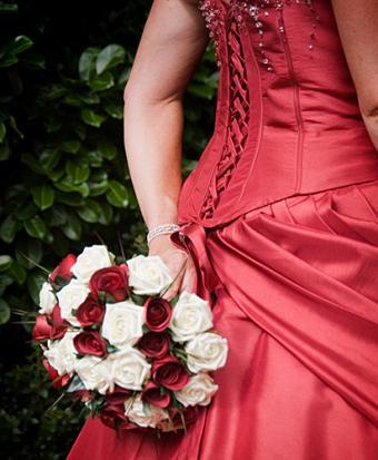 https://cf.ltkcdn.net/weddings/images/slide/160118-412x500-10.jpg